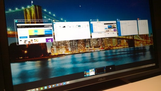 Creating virtual desktops on Windows 10