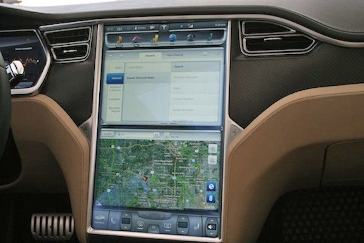 http://core0.staticworld.net/images/article/2014/10/tesla-infotainment-system-100525155-orig.jpg
