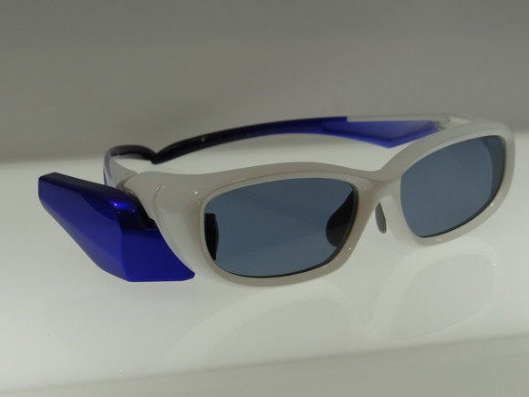 toshiba glasses 2