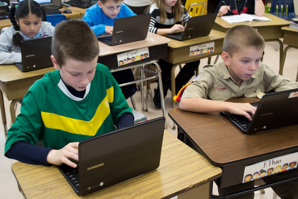 How Many Percent Of Kids Use A Chromebook