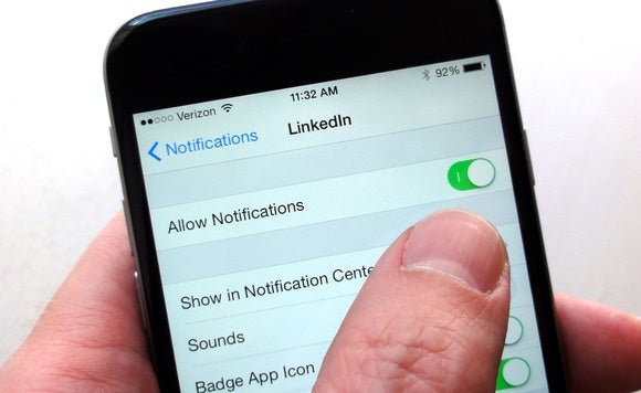 how to turn on the notification light on iphone 5