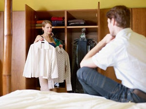 woman man choosing clothing app