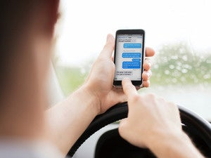 Should Apple hobble FaceTime to battle distracted driving?