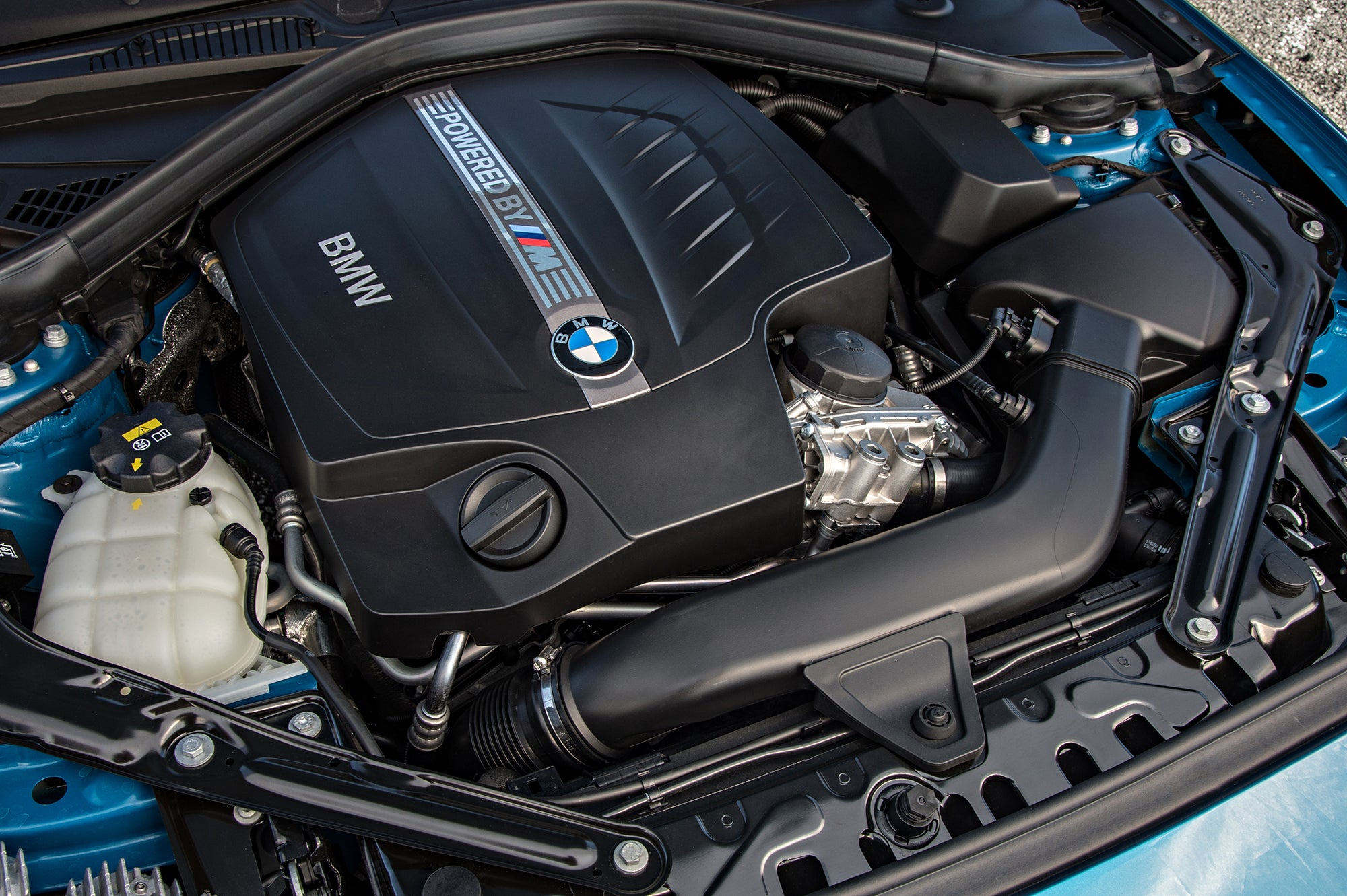 Bmw M2 First Drive Exhilarating Tossable And Thoroughly