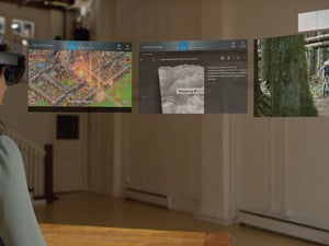 hololens multiple flat apps