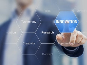 innovation concept consultant in management doing presentation 000081819181 medium