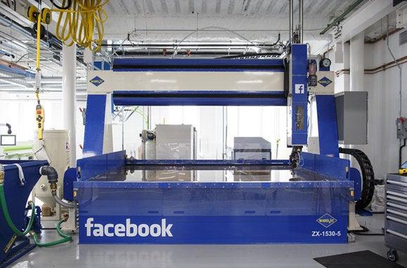 160803 facebook hardware 4