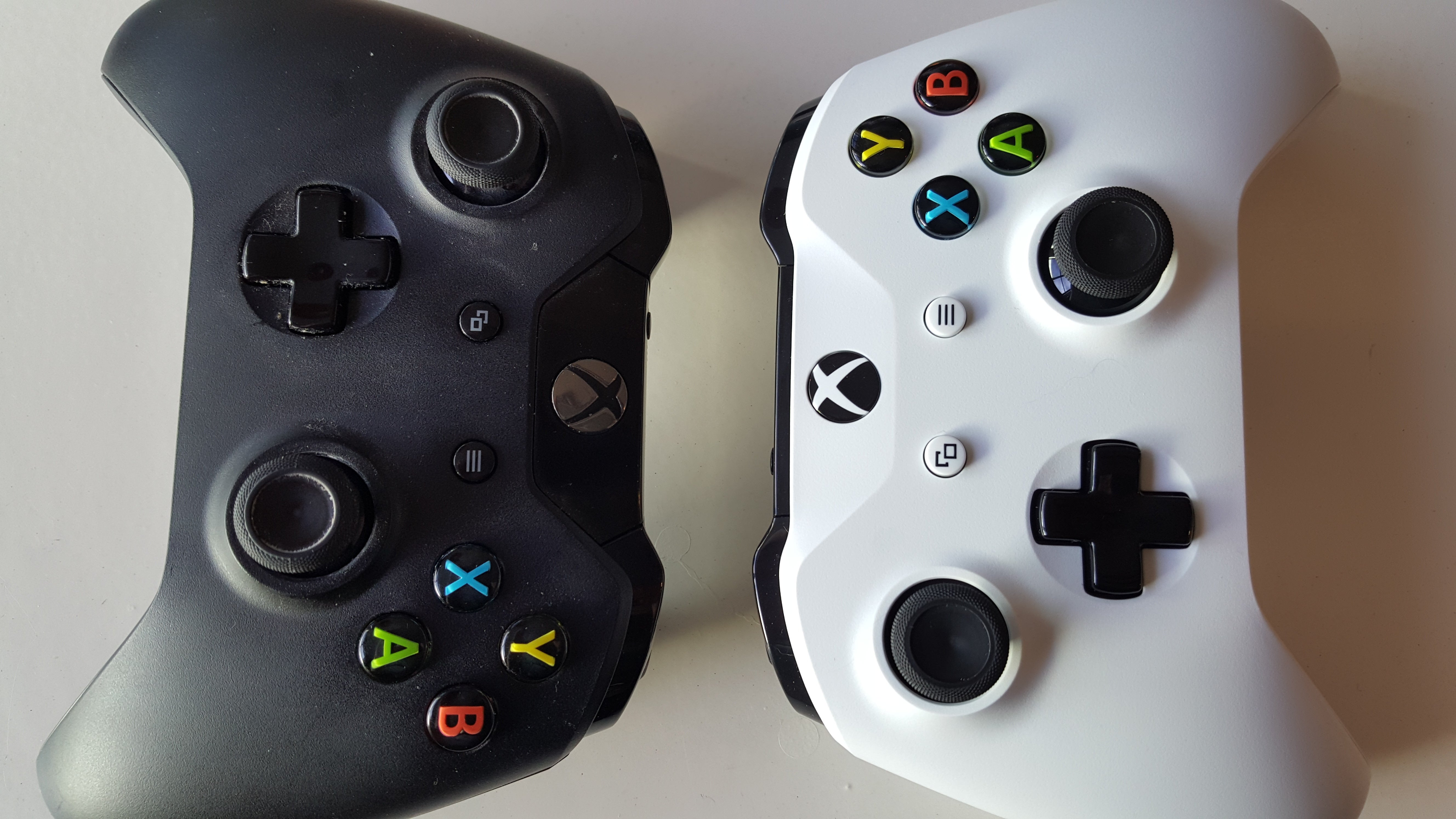 How Can I Identify An Xbox One S Controller From A Regular One