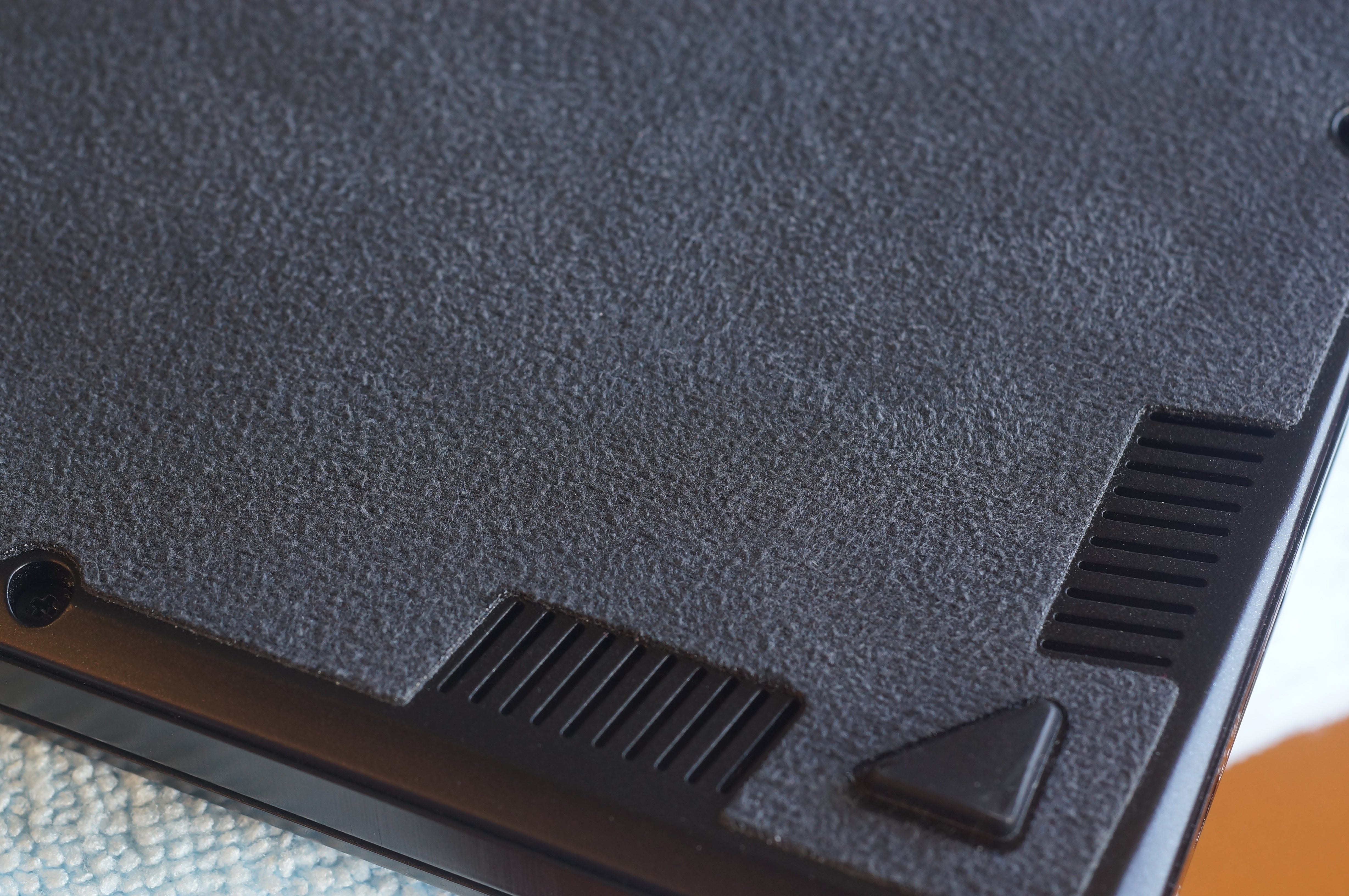 The entire bottom of the MSI GS63VR Stealth is covered with a suede-like  material that actually makes it comfortable to use on your lap.