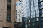 Twitter pulls lawsuit after feds back down