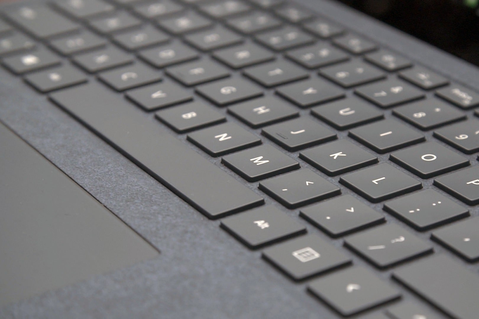 Hands On Surface Laptop Is Microsoft S Macbook Air Pcworld